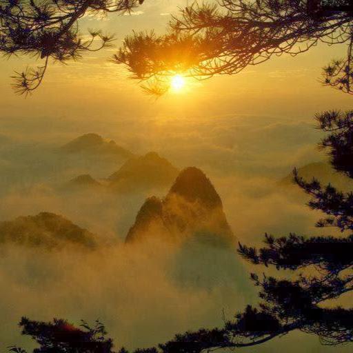photo heavenly sunrise